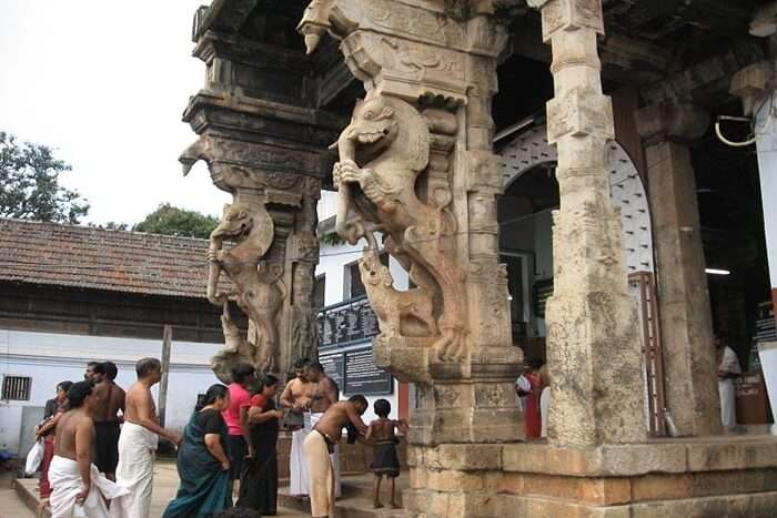 Padhmanabhswamy Temple Idol & Architecture