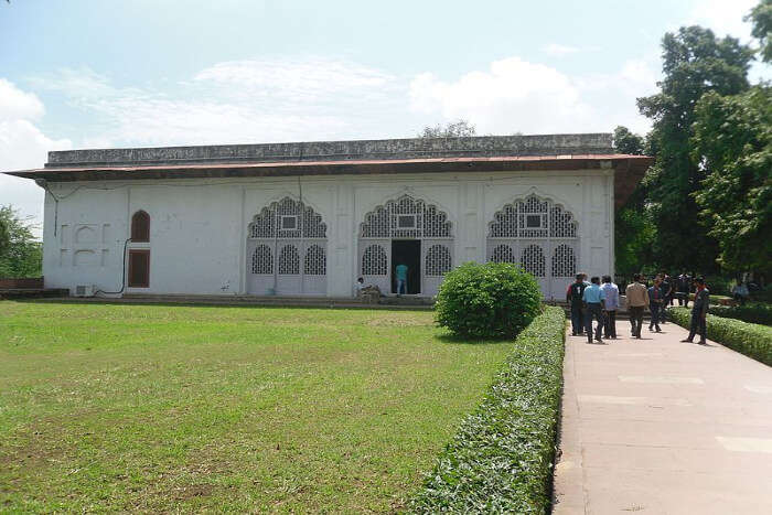 Red Fort Archaeological Museum