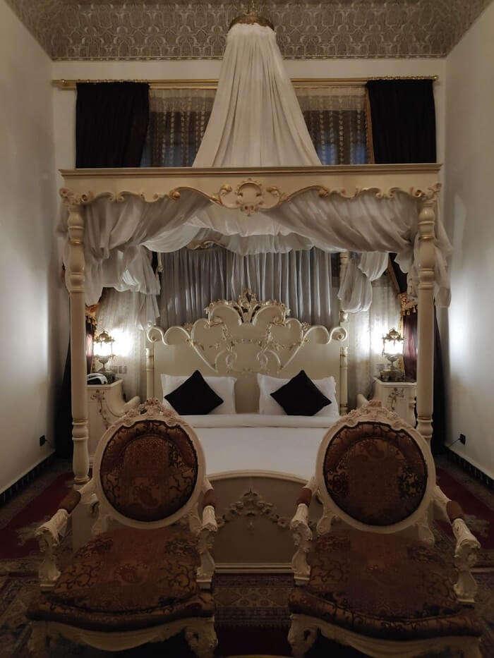 Suite room in Palias de hotel