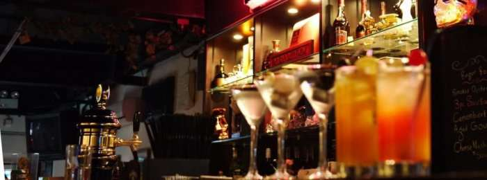 pubs in singapore