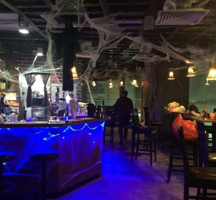 bars and cafes in singapore