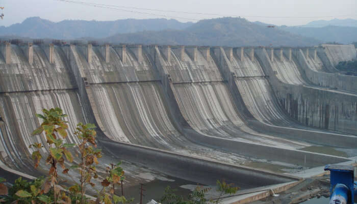 Features Of Bhakra Nangal Dam