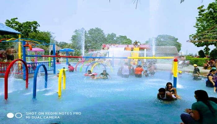 Harleen_Water_Fun_Park
