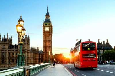 Historical Tours In London-cover