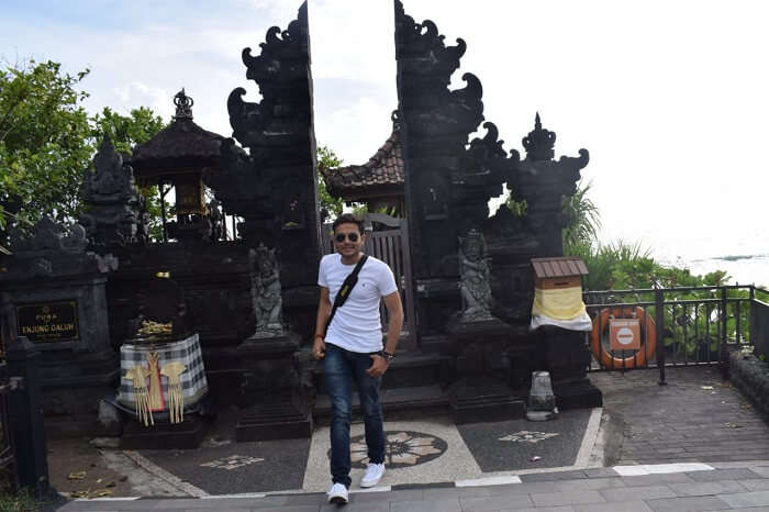 he famous Tanahlot Temple