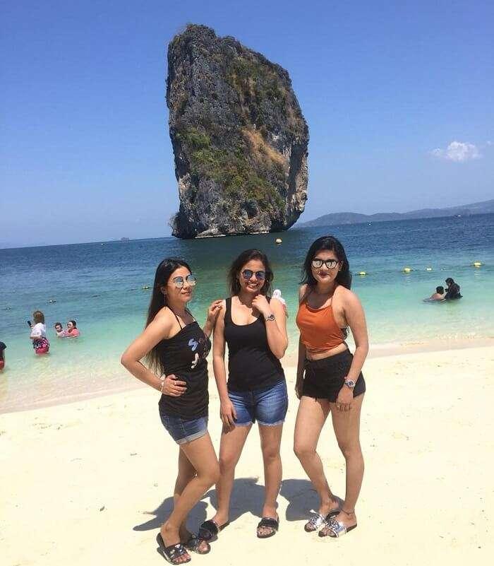 girls gang on the beach