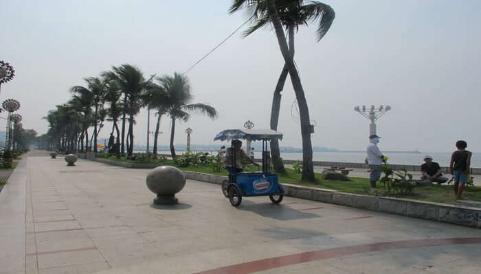 Manila_Baywalk
