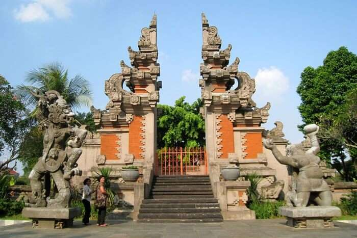 Discover The Balinese Culture And History