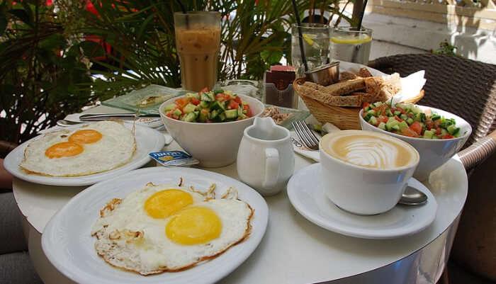 Nina Cafe