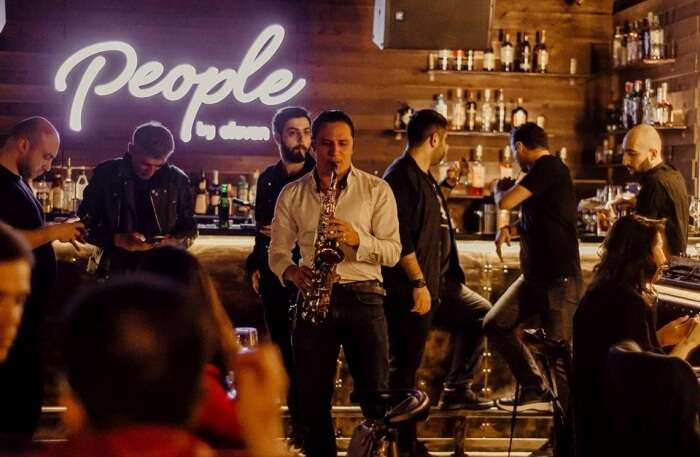 People Livebar In Azerbaijan