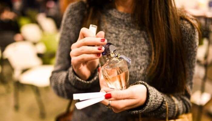 Understand The Art Of Perfume Making