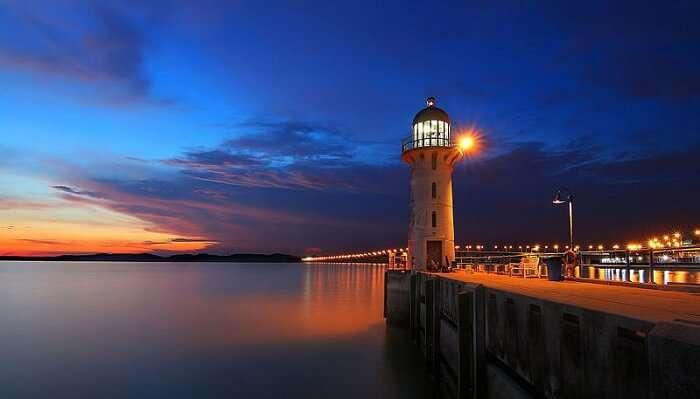 Raffles_Marina_-_Johor_Lighthouse