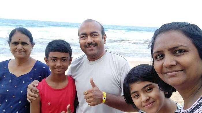 bentota beach selfie