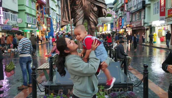 Shilpa in Sikkim with Kid