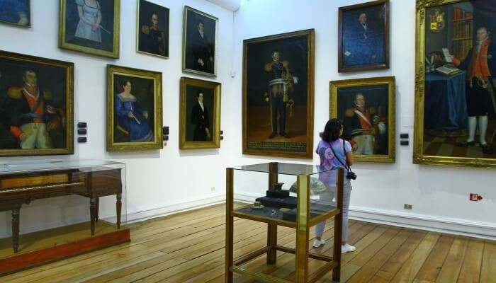 Admire Paintings At Arma Museum
