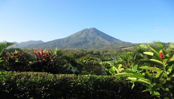 Arenal_Volcano_And_The_Springs_In_San_Jose_