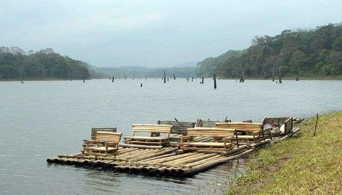 Bamboo_Rafting_