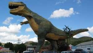 Dinosaur statue in Drumheller , Canada