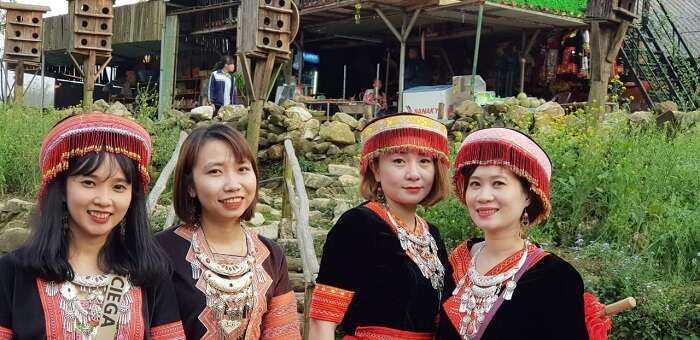 captured some local people of vietnam