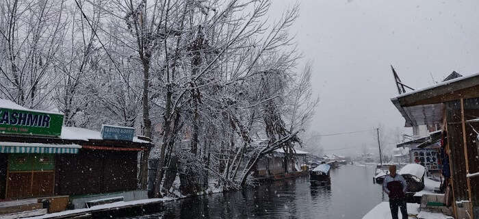 snowy landscapes of Pahalgam