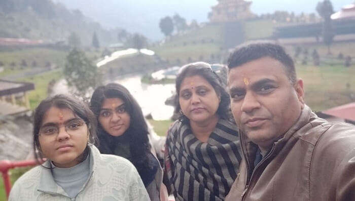 clicked pictures with family