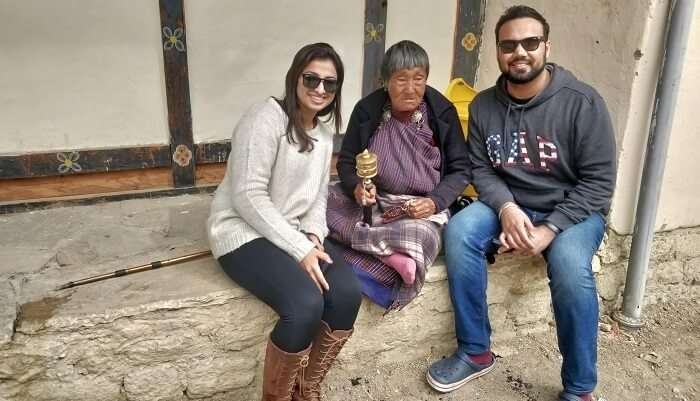 clicked some pictures with locals of Bhutan