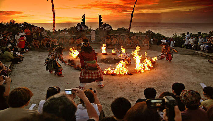 Kecak_Fire_Dance_-_Watch_