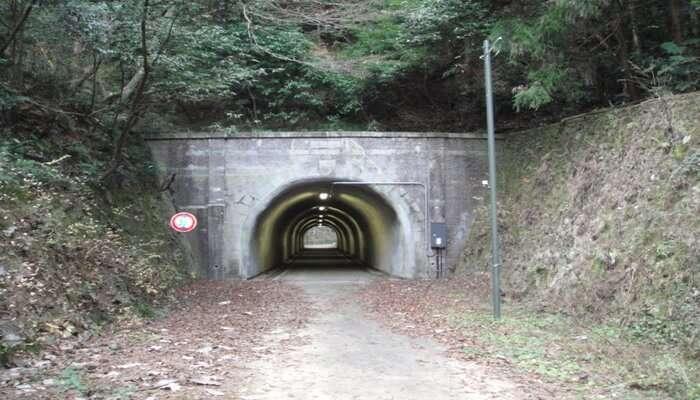 Komine_Tunnel_