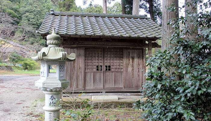 Oiwa_Shrine_