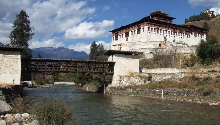 Rinpung Dzong View