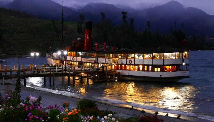 Santorini Caldera Cruise