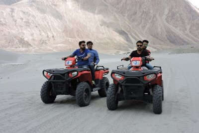 cover - Sajal's Trip To Ladakh