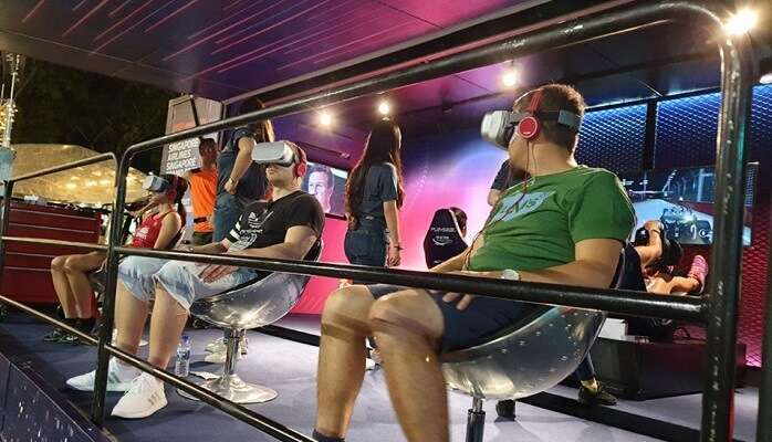 virtual reality experience at grand prix singapore