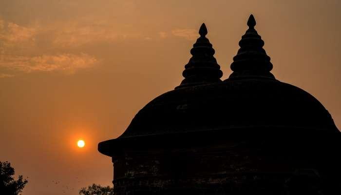 Bahu Begum's Tomb www.worldcreativities.com