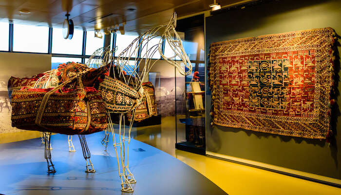 Azerbaijan Carpet Museum gallery