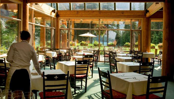 Restaurants in Canada