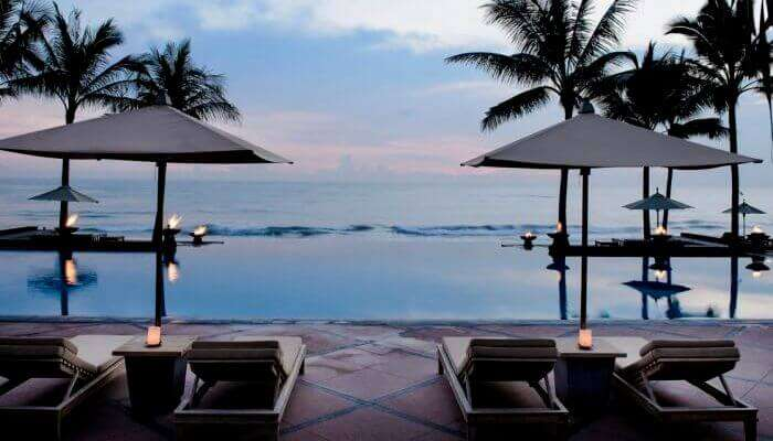 Dip-In-The-Beachside-Pools