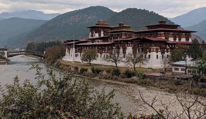visited to best monastries of Bhutan