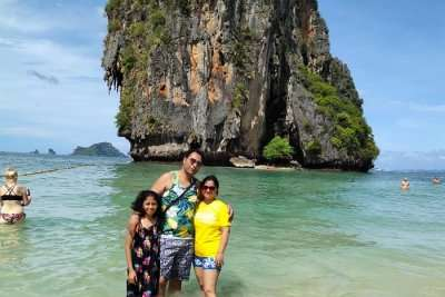cover - Harish Krabi Trip with Family