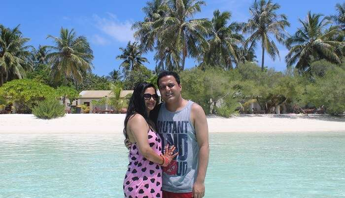 cover - Roopak honeymoon trip to Maldives