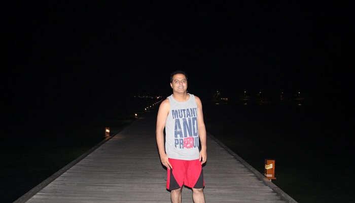 had fun time while exploring the villa at night