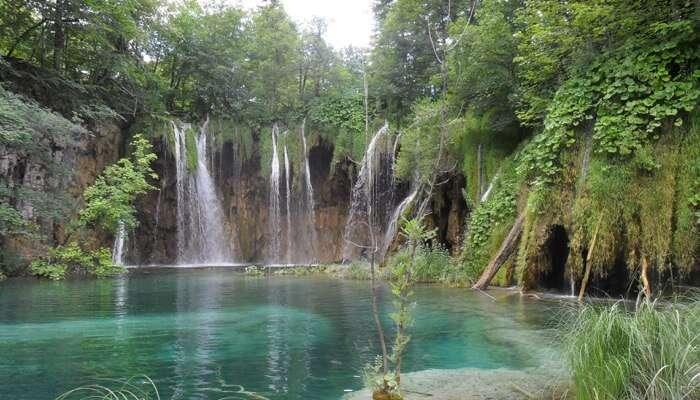Mali Buk Waterfall