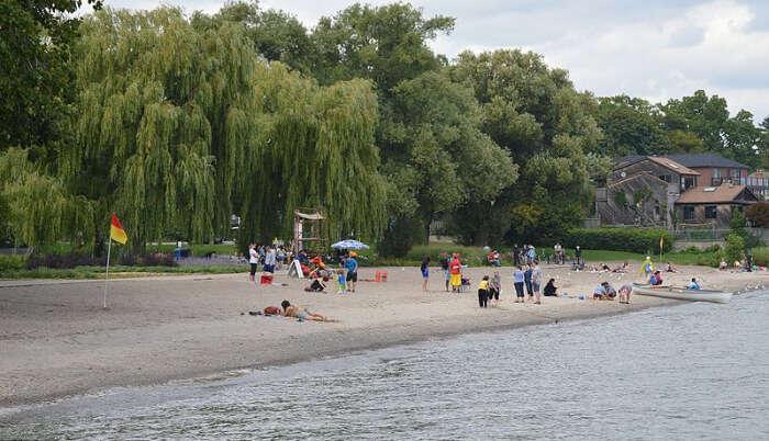 Marie Curtis Beach Park