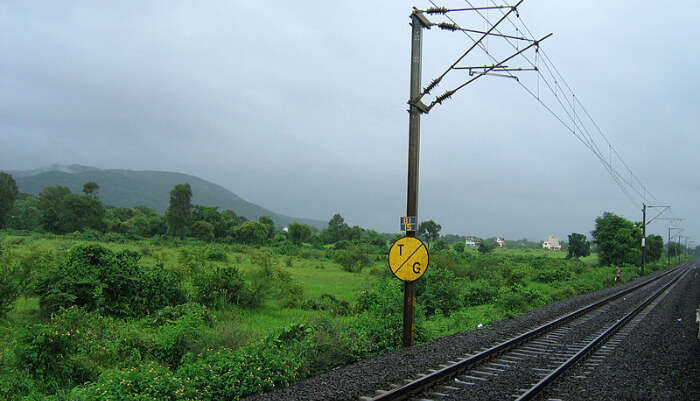 New Delhi To Mumbai Trains Route