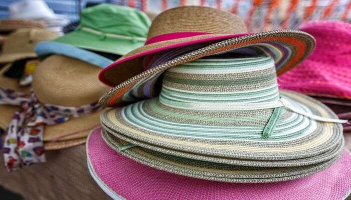 Sarongs-And-Hats