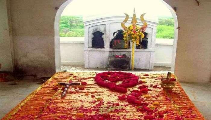pir-matsyendranath-samadhi
