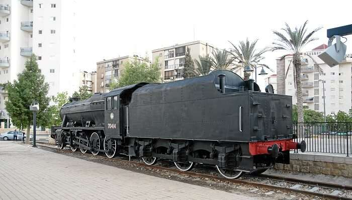 engine at turkish railway station