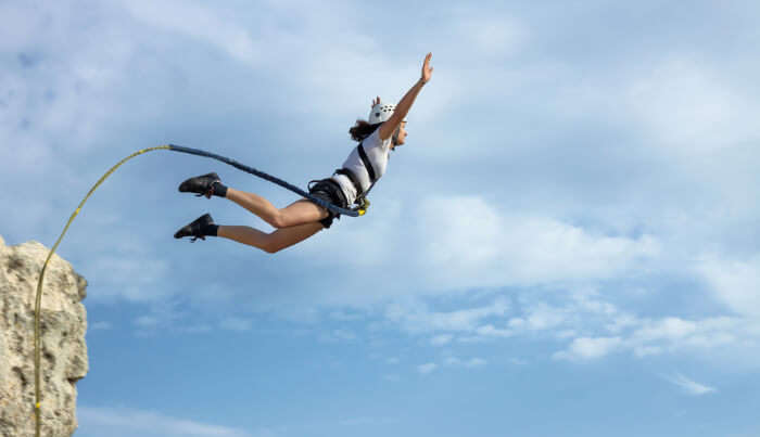 Bungee Jumping In Dubai cover