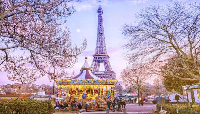 Beautiful Paris In December