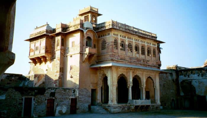 Deepak-Mahal